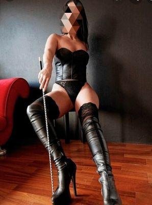 Вика, рост: 167, вес: 68 - проститутка за деньги