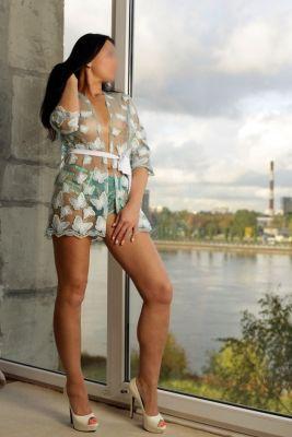 фигуристая проститутка Ксения , 8 988 887-77-77, конфиденциально
